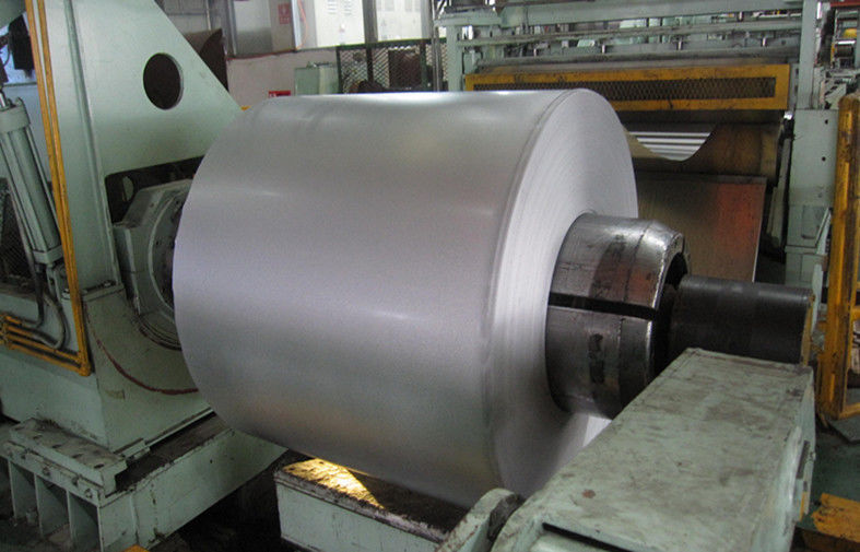 Regular Spangle Hot Dipped Galvanized Steel Coils 914 - 1250mm Width
